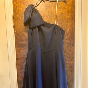 LOWEST PRICE Gal Meets Glam Yvonne Dress